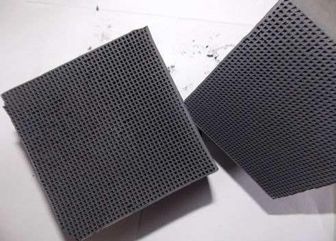 蜂窝活性炭砖3.jpg